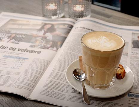 Genießen Sie eine Tasse Kaffee